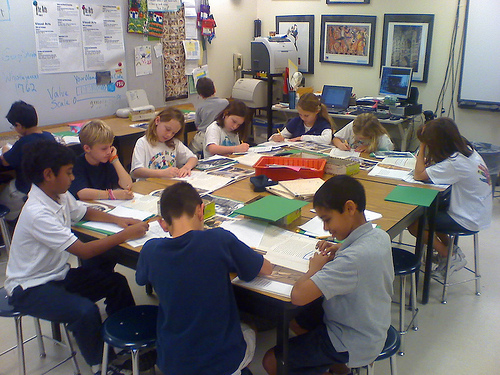 Third grade class working hard on their art history assignment. Photo: Bliss Chan / Flickr.
